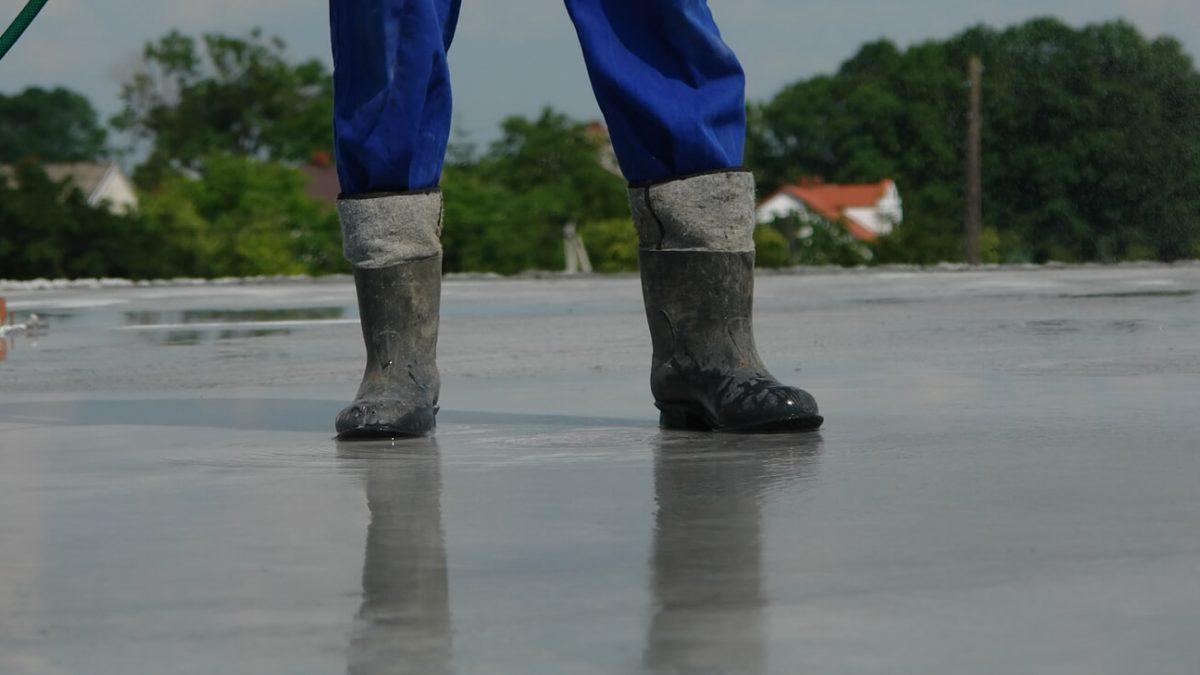 Cura do concreto: entenda como evitar 5 problemas estruturais