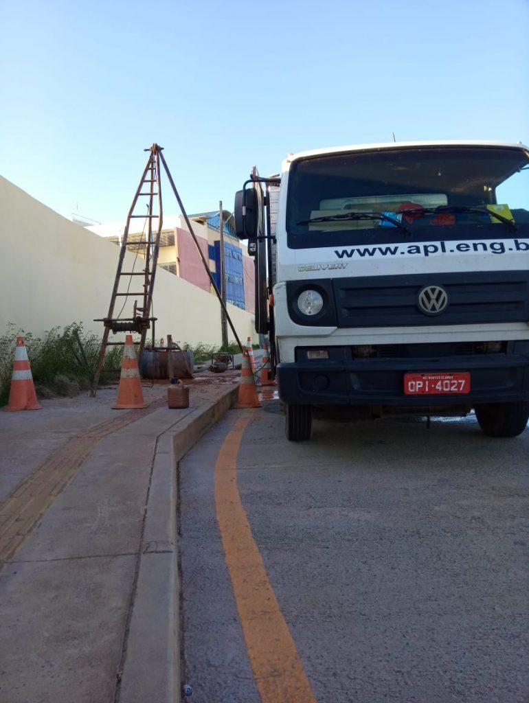 Uma imagem contendo ao ar livre, céu, estrada, caminhão  Descrição gerada automaticamente