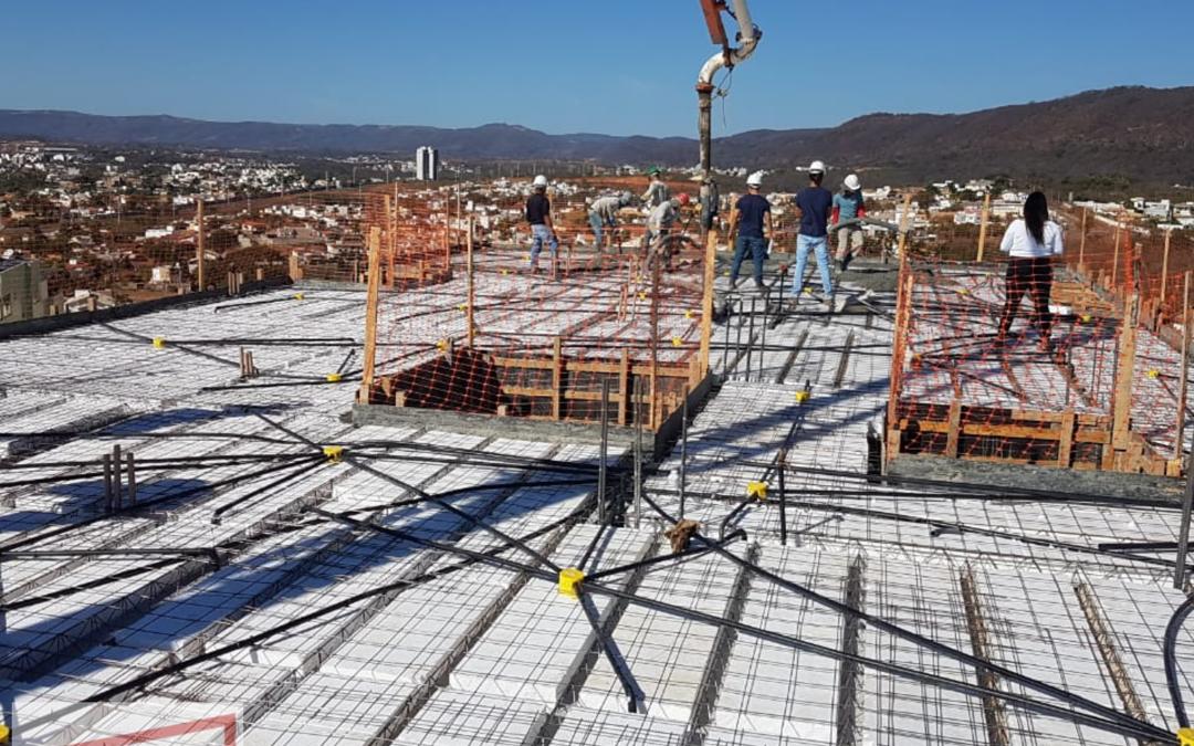 Cuidados ao se concretar uma laje com concreto usinado